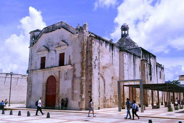 iglesia-de-san-juan-de-dios-01