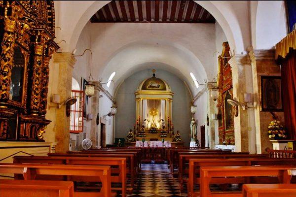 iglesia-del-dulce-nombre-de-jesus-02